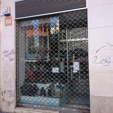 Geschlossener Laden in Málaga