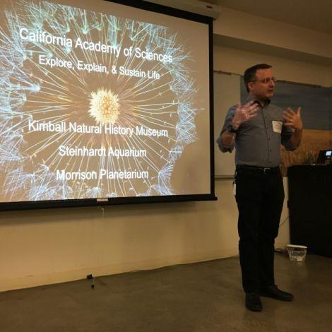 Der Direktor der Academy, Jon Foley, erklärt welche Möglichkeiten und Chancen Museen bieten.