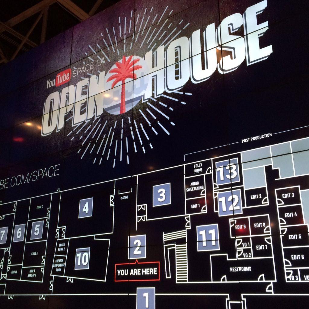 Schild zum YouTube Space LA Open House