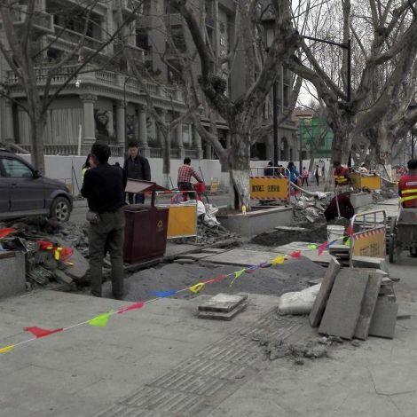 Bauarbeiten an Straße in Hangzhou