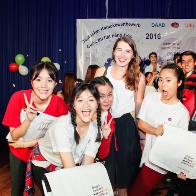 Mit 99 Luftballons zum Sieg – der Karaokewettbewerb des DAAD