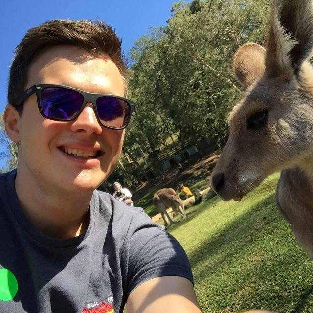 Dominik und Känguru