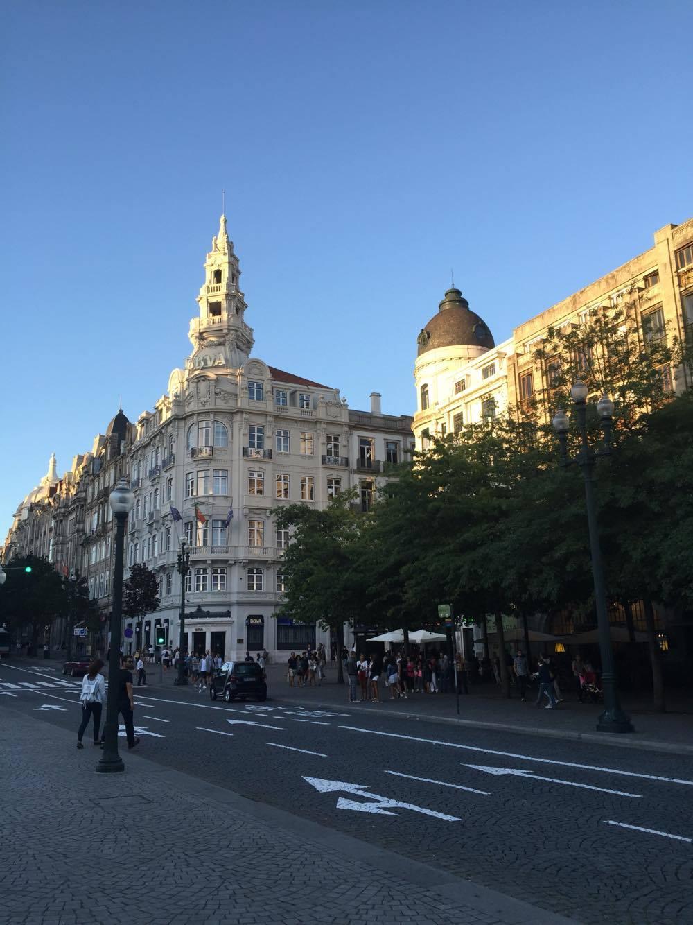 Porto wo man wohnen kann bis man was studium for Berlin architektur studieren