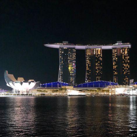 Marina Bay Sands bei Nacht