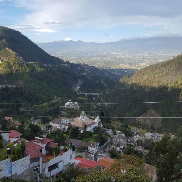 Blick von oben ins Tal von Guápulo