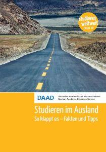 Cover Broschüre Studieren im Ausland