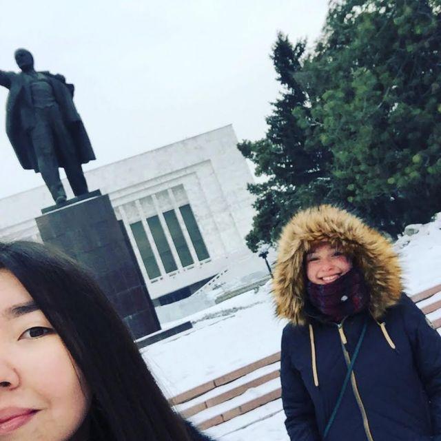 Lenin-Statue Selfie