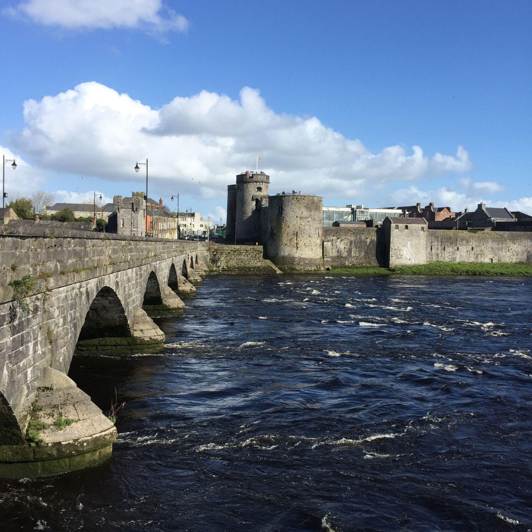 Von Pizzen & Pubs: Ein Rundgang durch Limerick