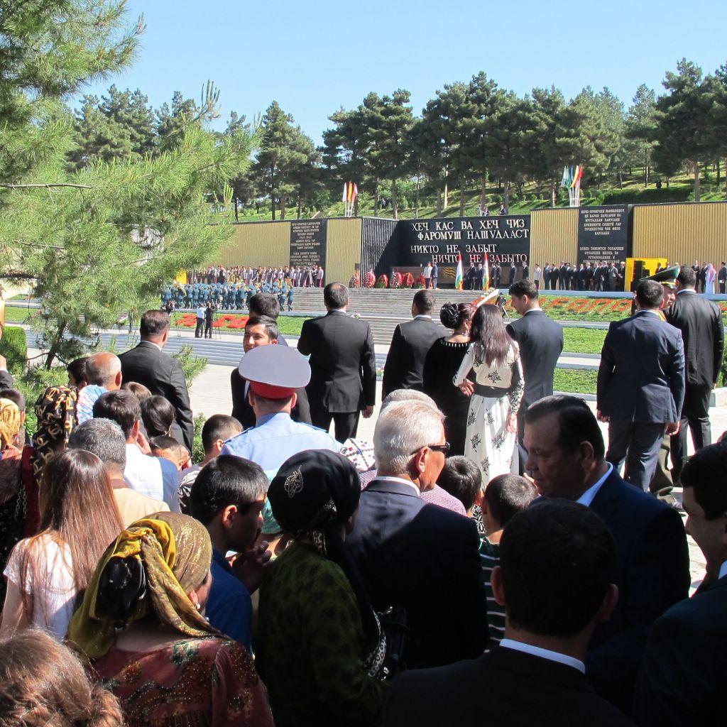 Militärparade in Tadschikistan & ich mittendrin