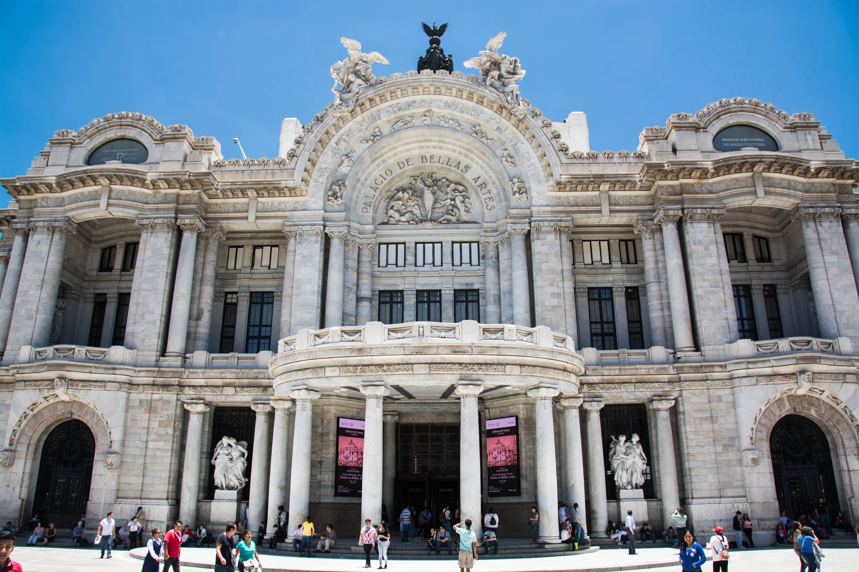 Haupteingang zum Palacio
