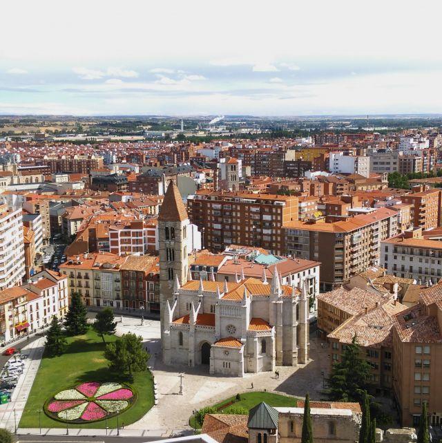 Kathedrale von oben in Valladolid