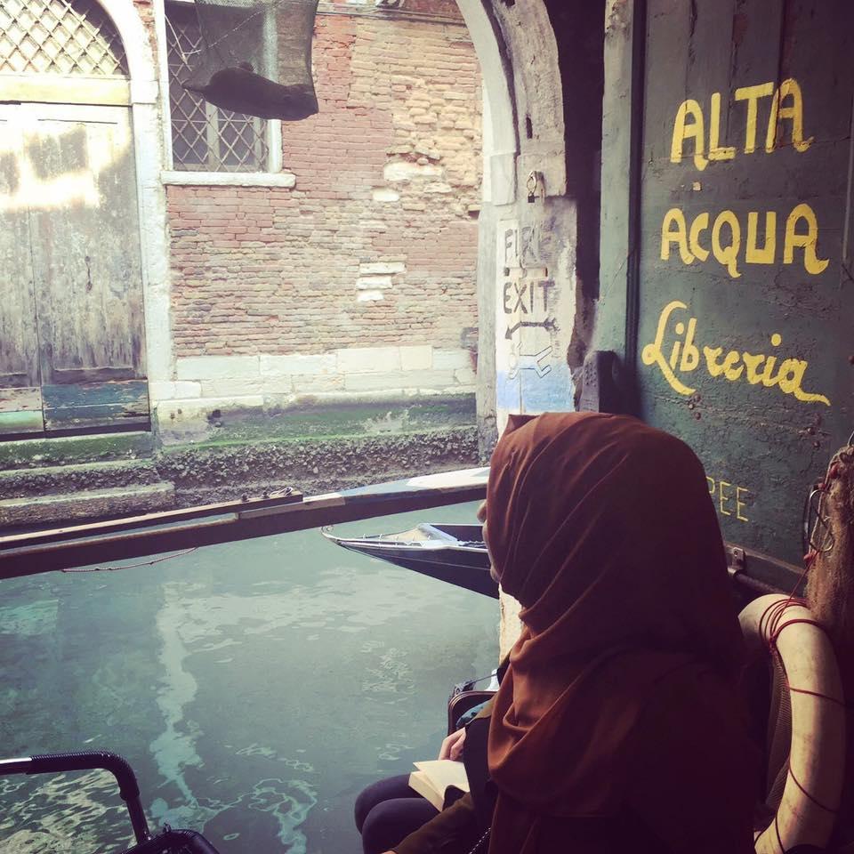 Eine Bibliothek namen Alta Acqua, in Venedig