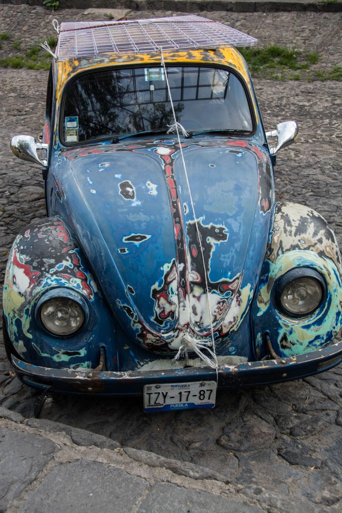 Ein rostiger VW Käfer