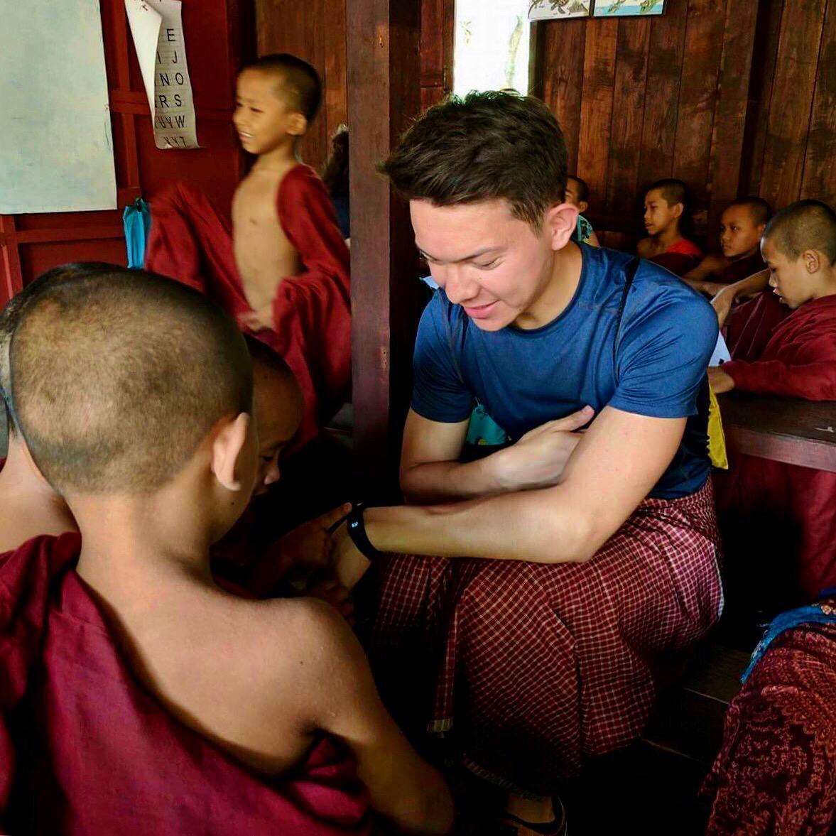 Mönche, Buddhismus, Lehrer, Schüler, Englisch, Technologie