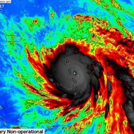 Wärmebild vom Hurrikan Maria