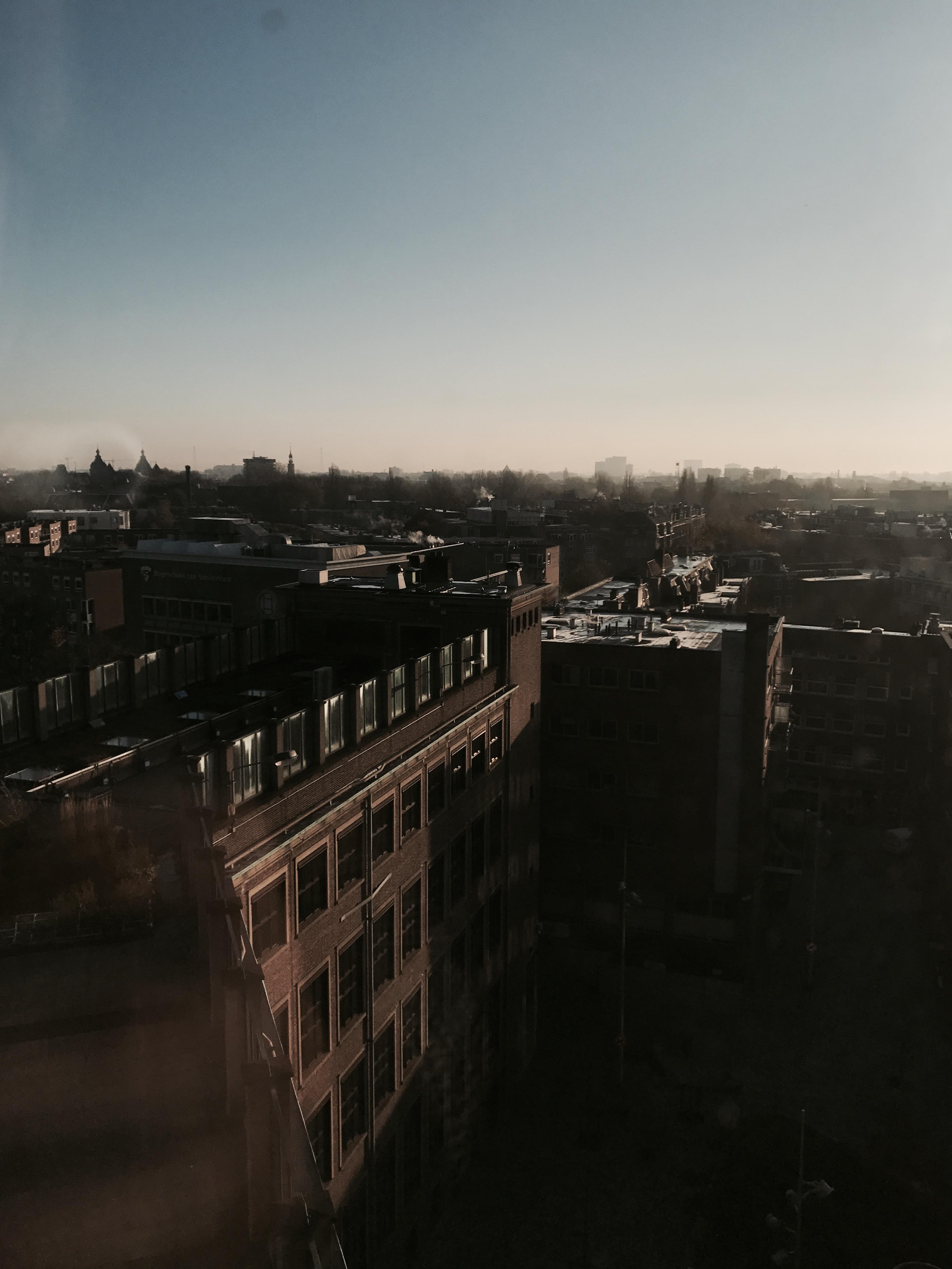 Die Aussicht von der Hochschool van Amsterdam