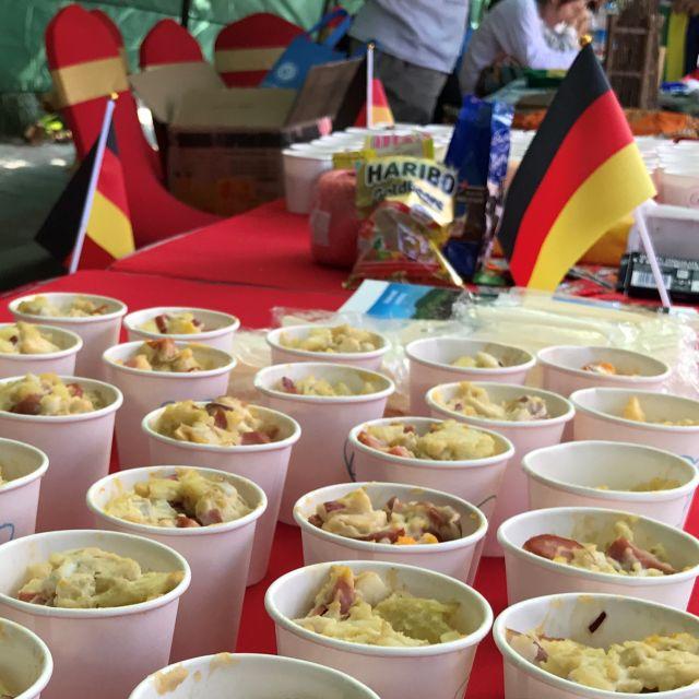 """Nahaufnahme des """"traditionellen"""" Kartoffelsalates"""