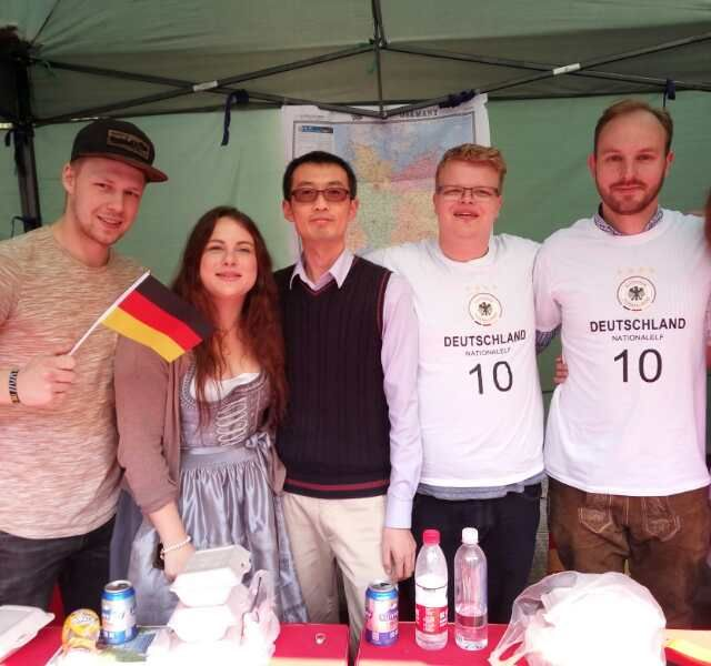 Das deutsche Team beim Internationalen Kulturfestival