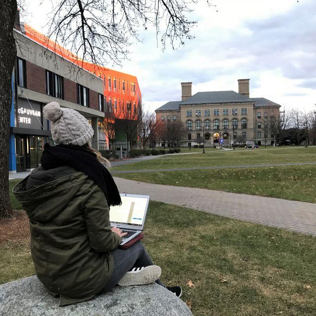 Campus Uni Gebäude Studieren