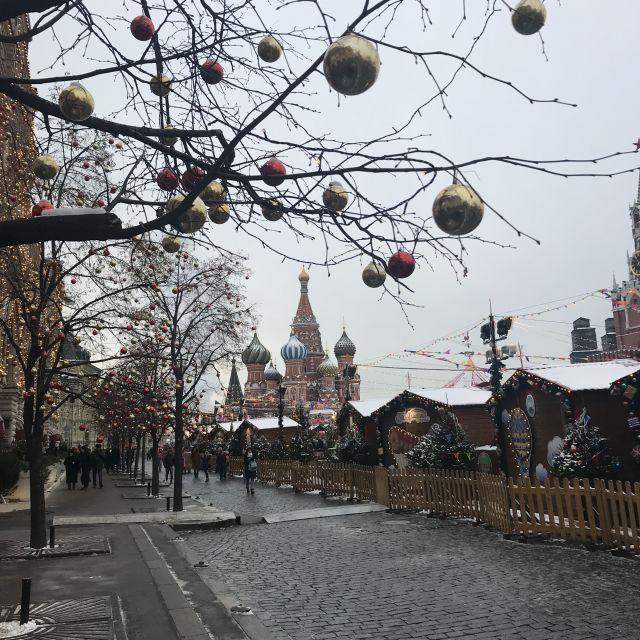 Roter Platz Moskau zur Weihnachtszeit