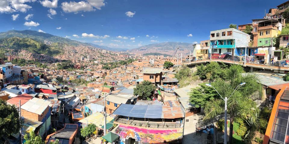 Ausblick auf die Communa 13 in Medellín