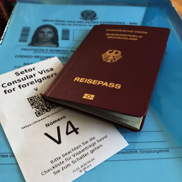Wartenummer Reisepass und Protokoll
