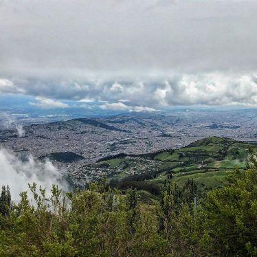 #Quito so weit das Auge sehen kann 👀 Auf 4000m Höhe hat man aber auch einen…