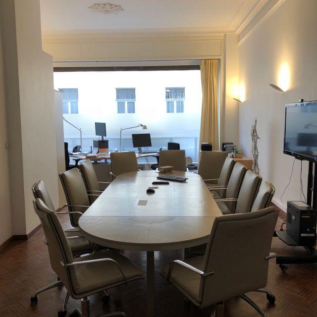 Das Büro der HRK in Brüssel, inklusive eines großen Konferenztisches