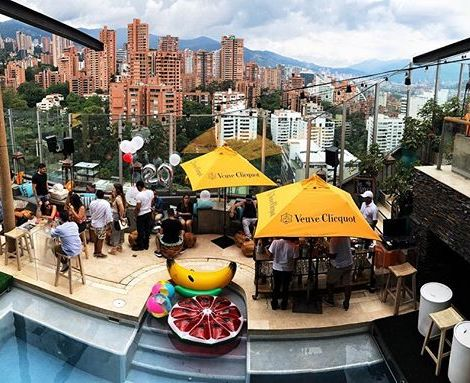 The sunday morning brunch 🍳🥞@envyrooftop1…