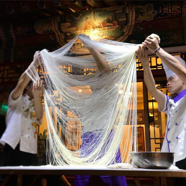 Was in deutschen China Restaurants meist untergeht ist die immense Nudel…