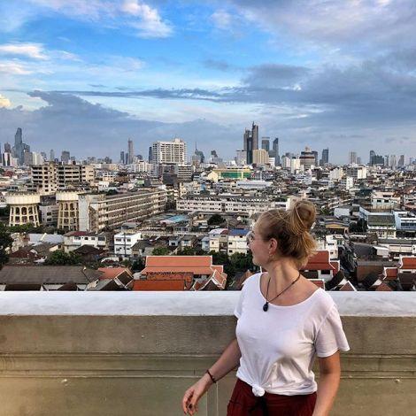 📍Big city life #thailand #bangkok #erlebees