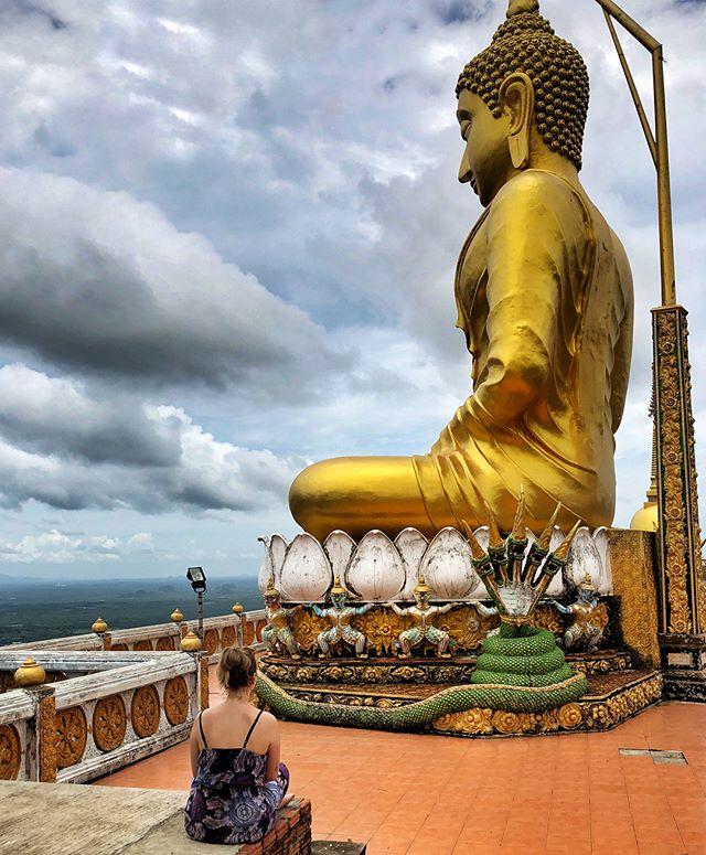 1237 - so viele Stufen muss man gehen, um über ganz Krabi schauen zu können.…