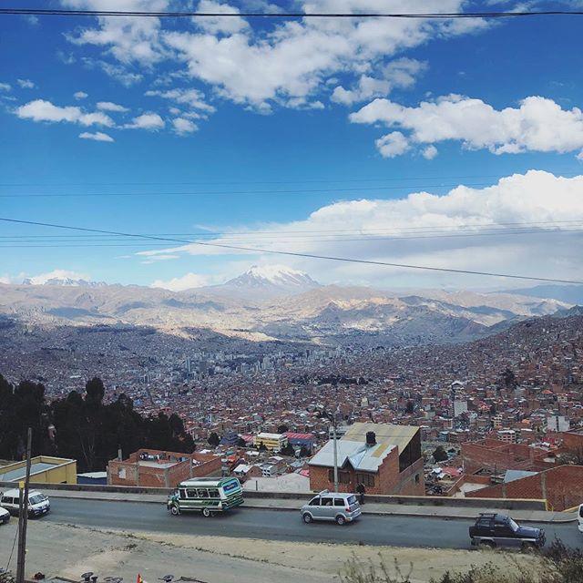 Seit zwei Tagen bin ich in La Paz, einer der größten Städte Boliviens. Auch…