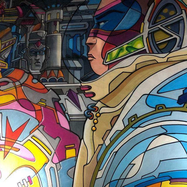 Das Bild zeigt ein buntes Graffiti