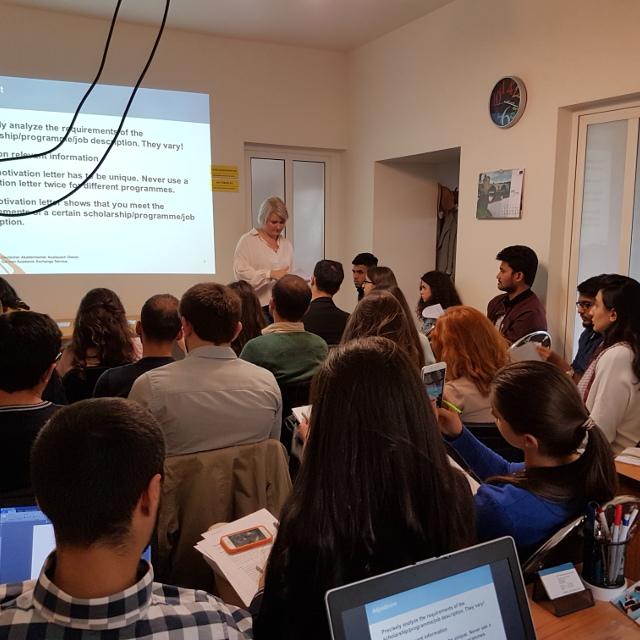 Mein Praktikum in Armenien: Karaoke verbindet