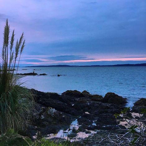 Ein weiterer wunderbarer Tag in #Neuseeland geht zu Ende.💛 Ab nächster…