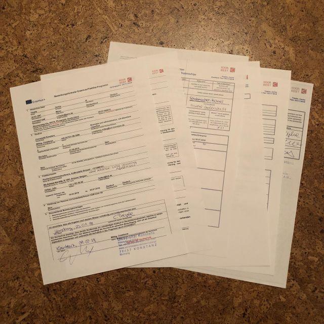 Stapel mit Formularen