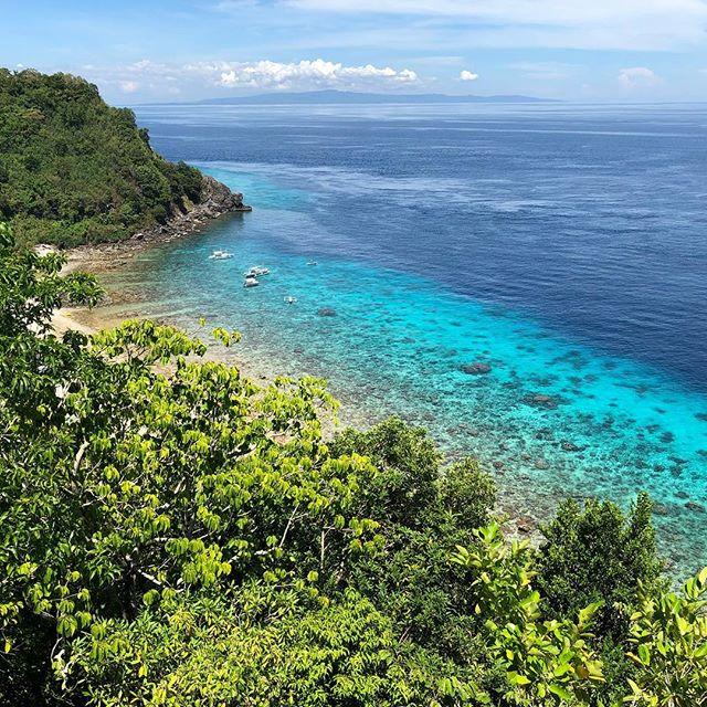 Wer genug vom Schnorcheln hat, kann die Insel zu Fuß erkunden. Einen super…