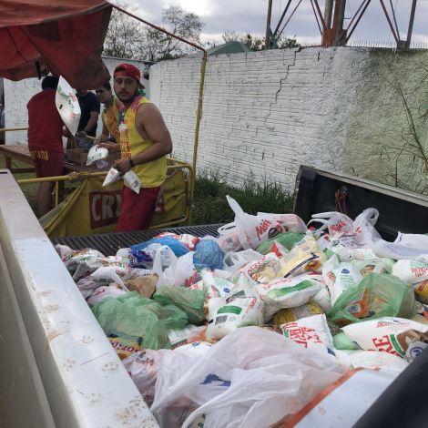 #Funfact Auf einigen brasilianischen Partys musst du erst Lebensmittel spenden,…