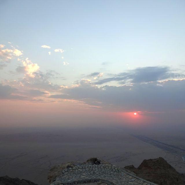 Sonnenuntergang in der Wüste.