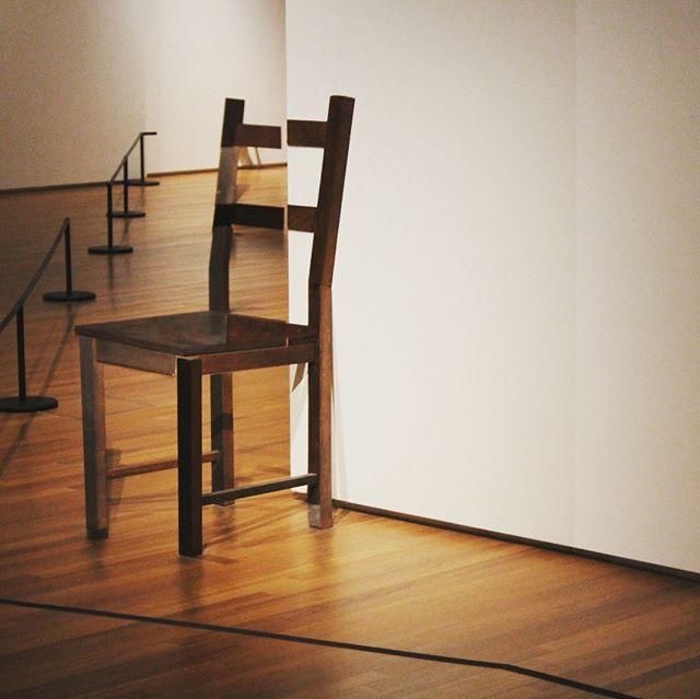 Lehrerbonus! For free in die National Gallery. #art #nationalgallery #singapore…