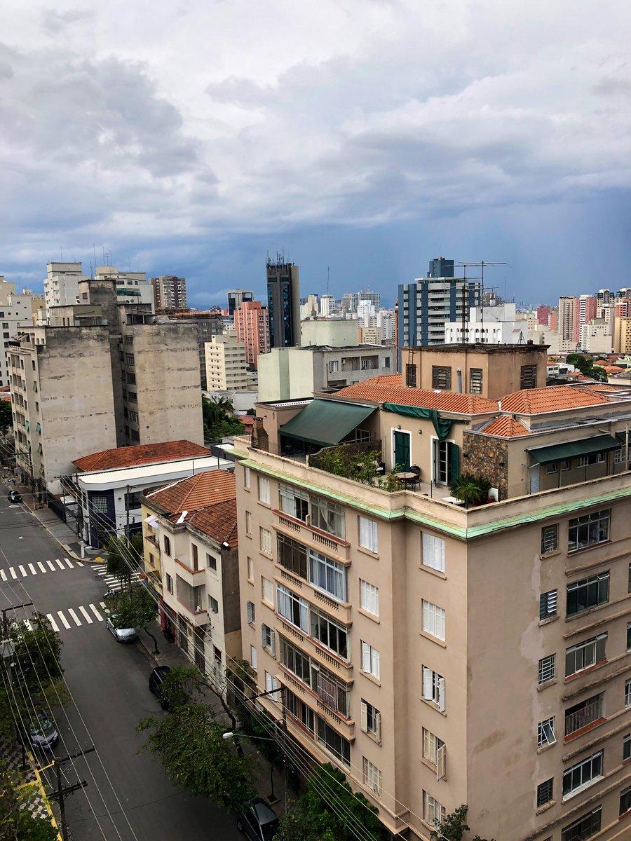 Falls mich nochmal jemand fragen sollte: Ich bin momentan in São Paulo ☝🏽…