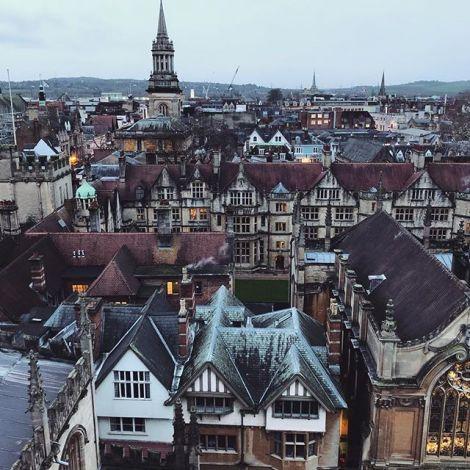 Blick über die alten Dächer von Oxford.