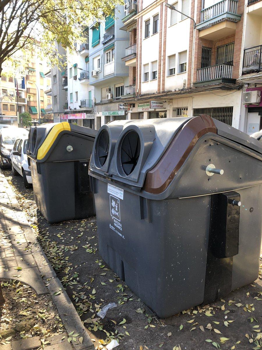#Funfact In den meisten Teilen Spaniens läuft es mit der Entsorgung anders ab.…