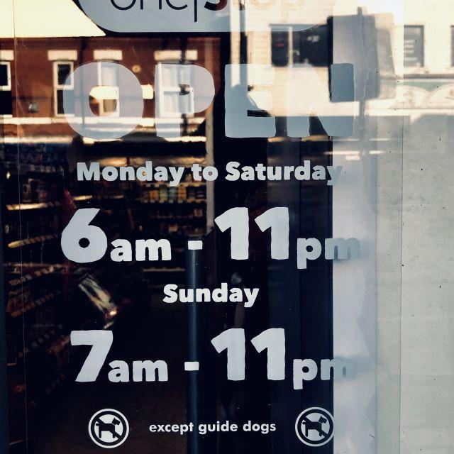Tägliche Ladenöffnungszeit