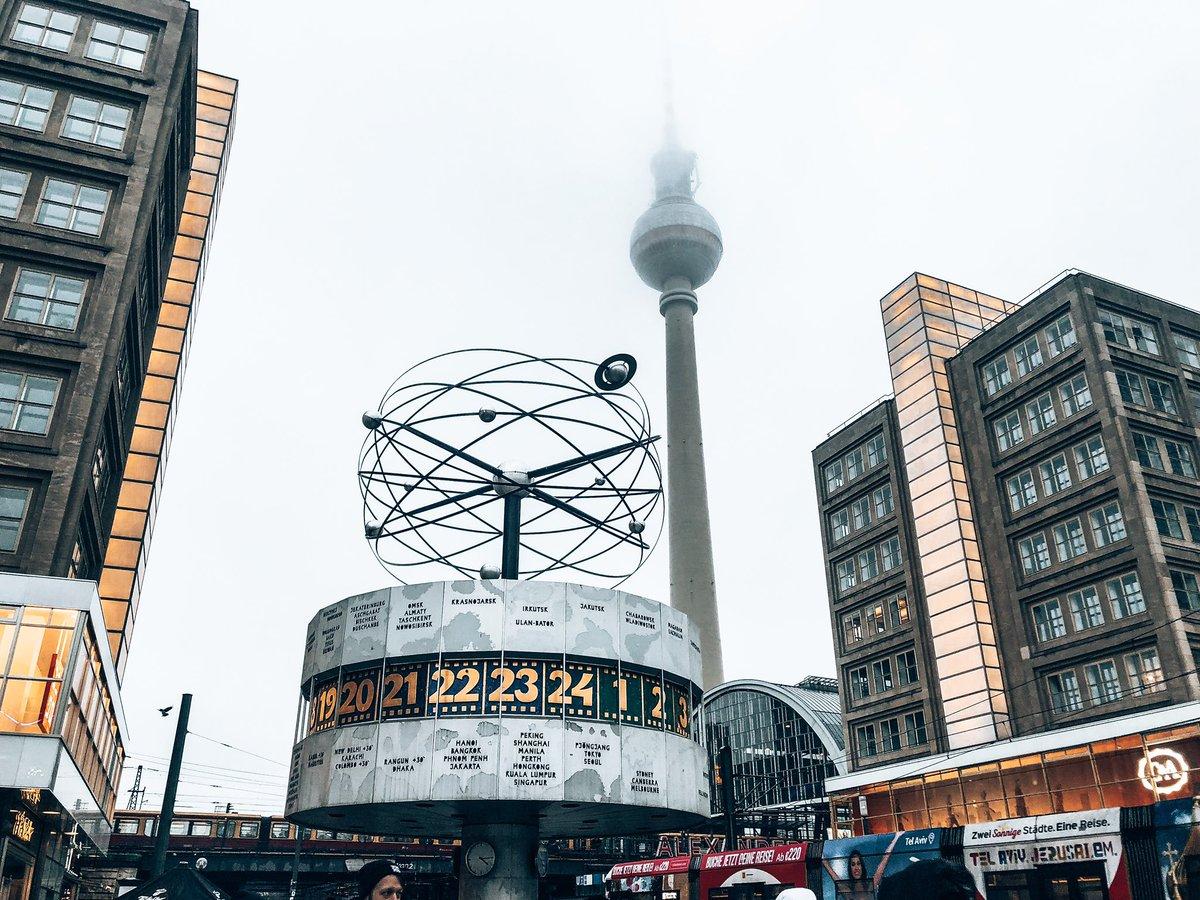 So wie die #Weltzeituhr in #Berlin repräsentieren auch wir #Correspondents von…