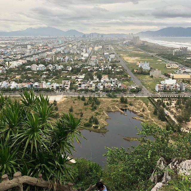 In Da Nang, der kleinen Millionenstadt am Meer, war die Aussicht auch sehr…