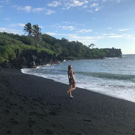 Where ocean waves meet volcanic islands...🖤…