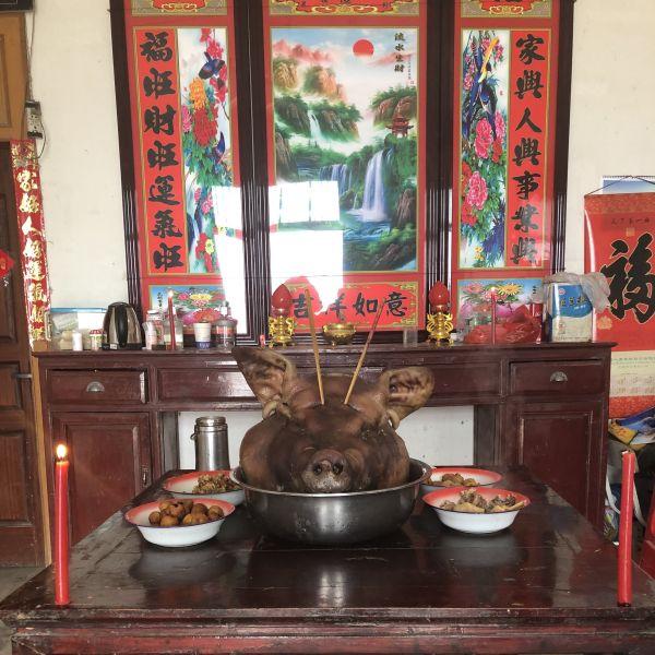 Opfergabe zum chinesischen Neujahrsfest