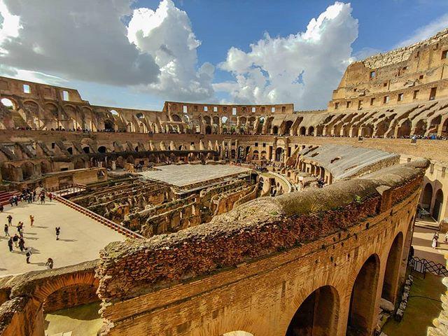 """""""Solange das Colosseum steht, wird Rom bestehen; Solange Rom steht, wird die…"""